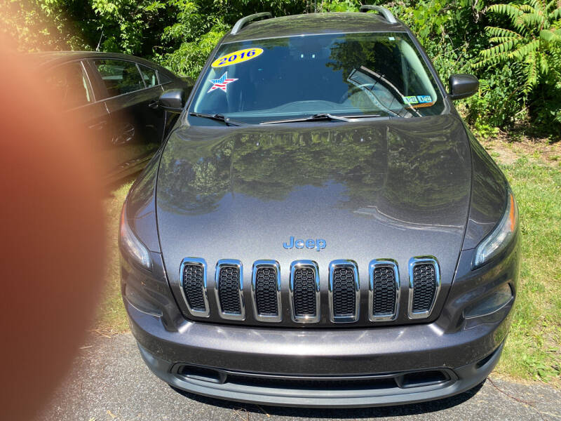 2016 Jeep Cherokee for sale at WHARTON'S AUTO SVC & USED CARS in Wheeling WV