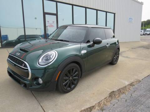 2016 MINI Hardtop 2 Door for sale at N Motion Sales LLC in Odessa MO