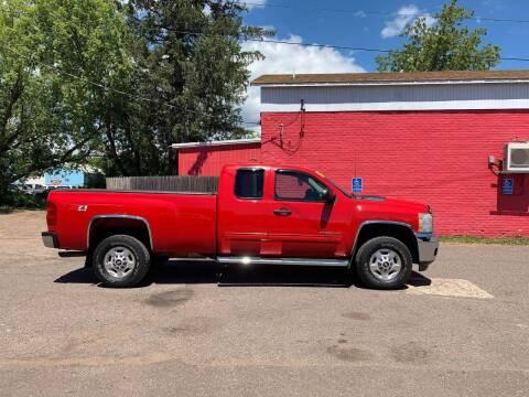 2011 Chevrolet Silverado 2500HD for sale at WB Auto Sales LLC in Barnum MN
