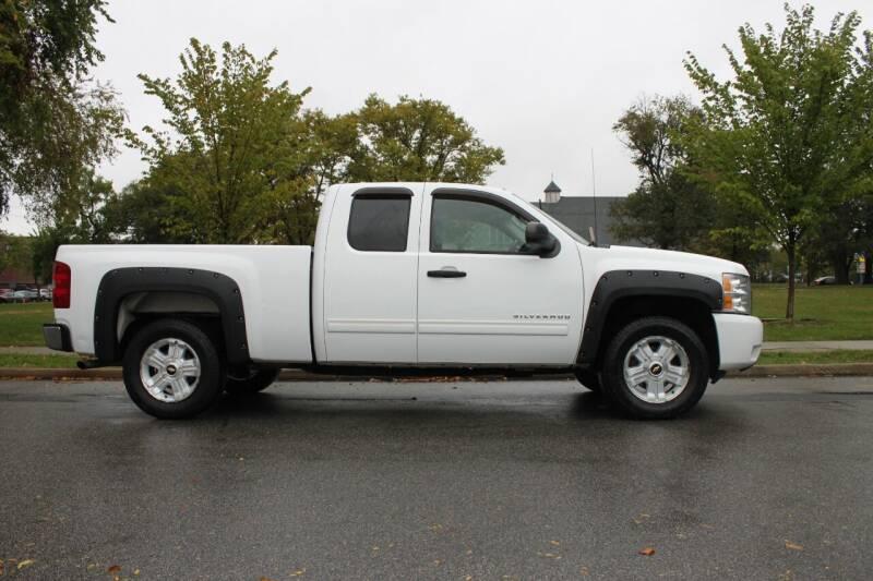 2011 Chevrolet Silverado 1500 for sale at Lexington Auto Club in Clifton NJ