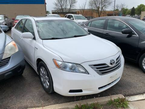 2009 Toyota Camry Hybrid for sale at BEAR CREEK AUTO SALES in Rochester MN