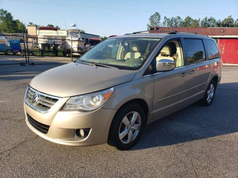 2009 Volkswagen Routan for sale at GEORGIA AUTO DEALER, LLC in Buford GA