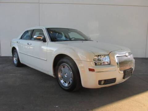 2005 Chrysler 300 for sale at QUALITY MOTORCARS in Richmond TX