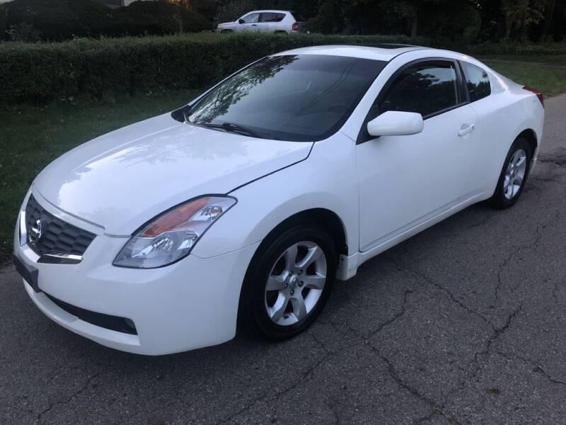 2008 Nissan Altima for sale at Urban Motors llc. in Columbus OH