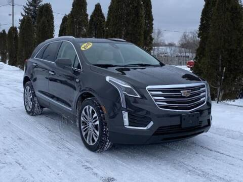 2018 Cadillac XT5 for sale at Betten Baker Preowned Center in Twin Lake MI