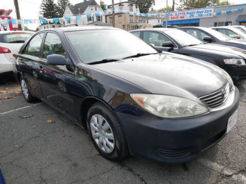 2005 Toyota Camry for sale at M & R Auto Sales INC. in North Plainfield NJ