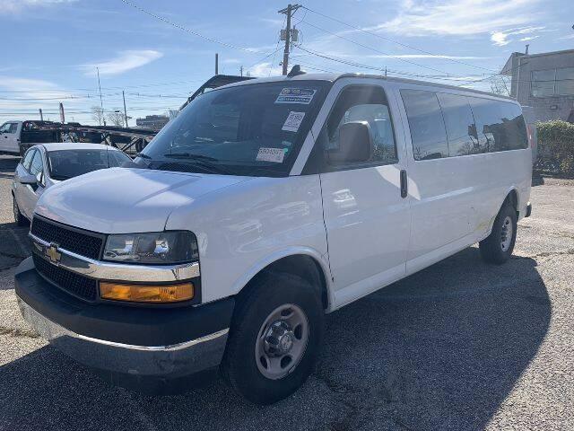 2020 Chevrolet Express Passenger LT 3500 3dr Extended Passenger Van - Avenel NJ