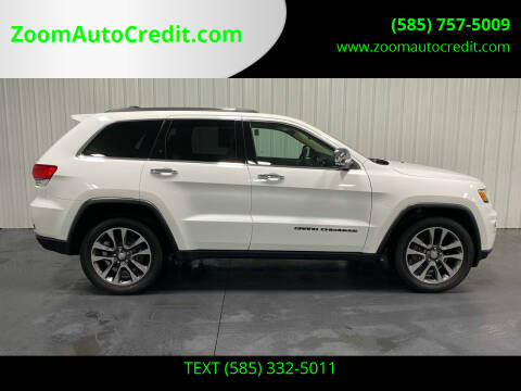 2018 Jeep Grand Cherokee for sale at ZoomAutoCredit.com in Elba NY