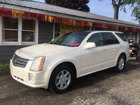 2005 Cadillac SRX for sale at Antique Motors in Plymouth IN