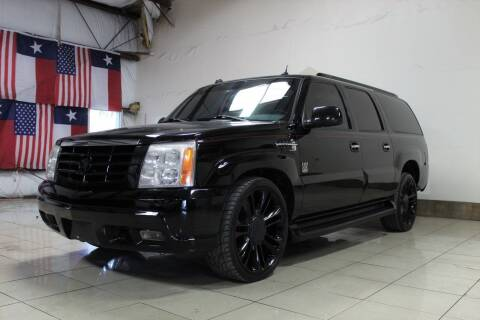 2005 Cadillac Escalade ESV for sale at ROADSTERS AUTO in Houston TX