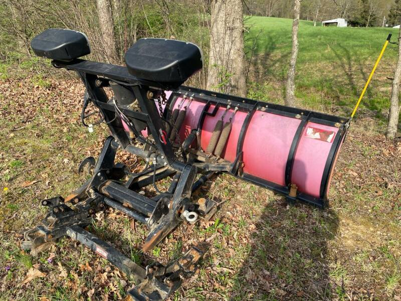 Snow Plows 7.5' for sale at Griffith Auto Sales in Home PA