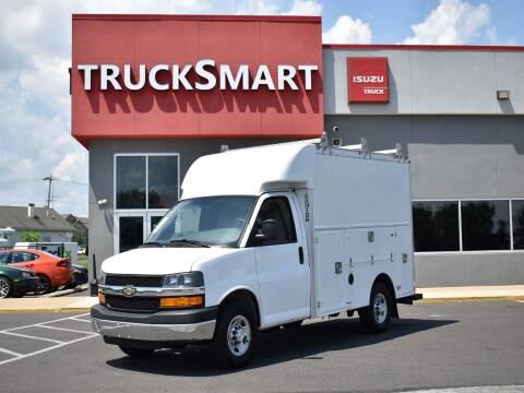 2016 Chevrolet Express Cutaway for sale at Trucksmart Isuzu in Morrisville PA