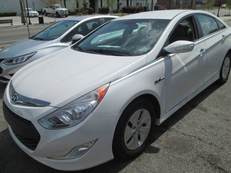 2013 Hyundai Sonata Hybrid for sale at Downtown Motors in Macon GA