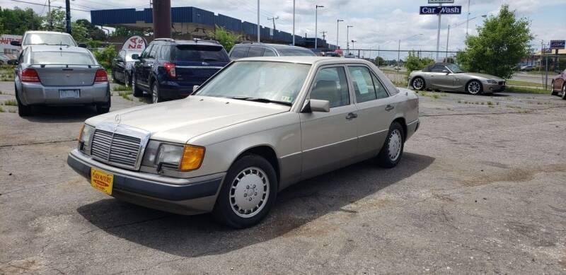 1992 Mercedes-Benz 300-Class for sale at Plaza Motors in Richmond VA
