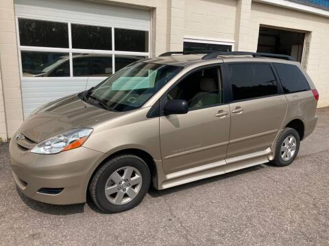 2006 Toyota Sienna for sale at Ogden Auto Sales LLC in Spencerport NY