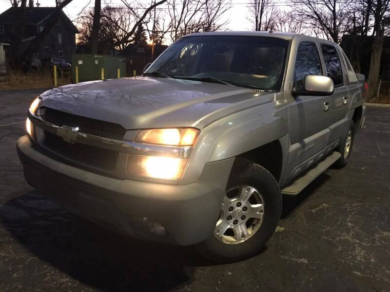 2002 Chevrolet Avalanche for sale at Your Car Source in Kenosha WI