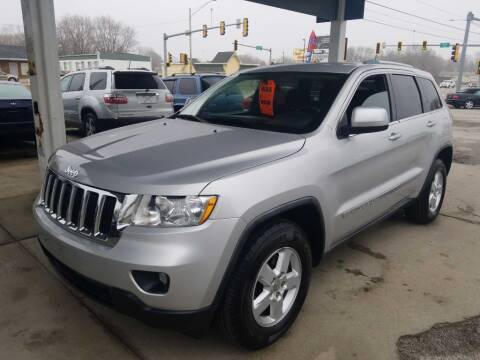 2012 Jeep Grand Cherokee for sale at Springfield Select Autos in Springfield IL