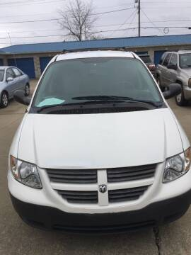 2005 Dodge Caravan for sale at New Rides in Portsmouth OH