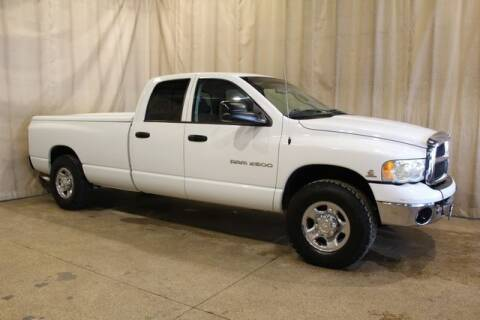 2004 Dodge Ram Pickup 2500 for sale at Autoland Outlets Of Byron in Byron IL