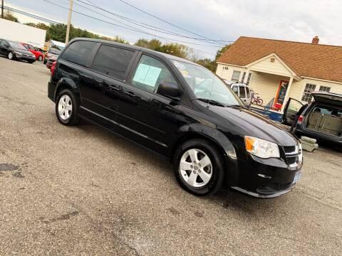 2013 Dodge Grand Caravan for sale at New Wave Auto of Vineland in Vineland NJ