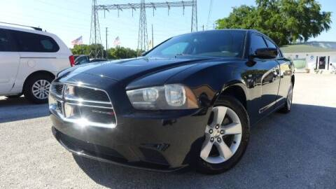2013 Dodge Charger for sale at Das Autohaus Quality Used Cars in Clearwater FL