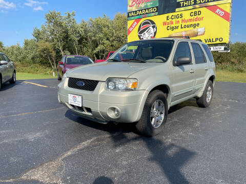 2005 Ford Escape for sale at US 30 Motors in Merrillville IN