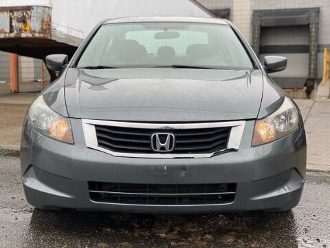 2008 Honda Accord for sale at Illinois Auto Sales in Paterson NJ