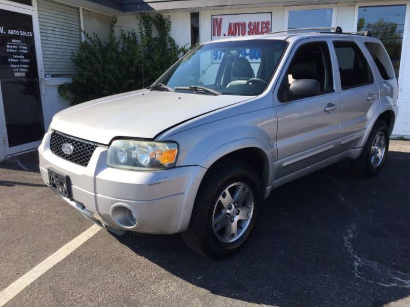 2005 Ford Escape for sale at IV AUTO SALES in Mesquite TX