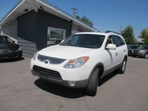2007 Hyundai Veracruz for sale at Crown Auto in South Salt Lake UT