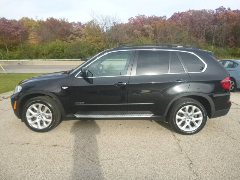 2013 BMW X5 for sale at NEW RIDE INC in Evanston IL