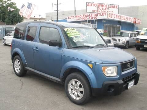 2006 Honda Element for sale at AUTO WHOLESALE OUTLET in North Hollywood CA