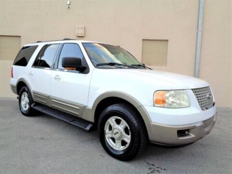 2003 Ford Expedition for sale at Selective Motor Cars in Miami FL