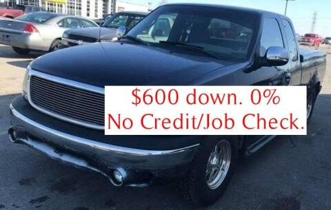 2000 Ford F-150 for sale at D & J AUTO EXCHANGE in Columbus IN