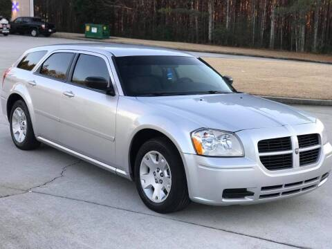 2006 Dodge Magnum for sale at Two Brothers Auto Sales in Loganville GA