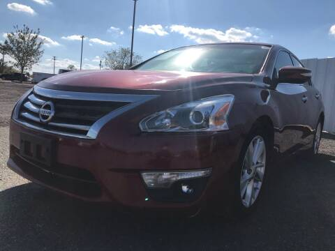 2014 Nissan Altima for sale at Texas Country Auto Sales LLC in Austin TX
