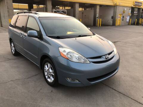 2006 Toyota Sienna for sale at Fast Lane Motors in Turlock CA
