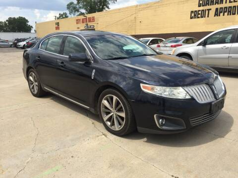 2009 Lincoln MKS for sale at City Auto Sales in Roseville MI