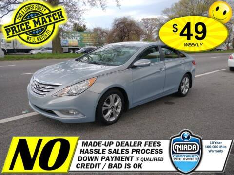2013 Hyundai Sonata for sale at AUTOFYND in Elmont NY