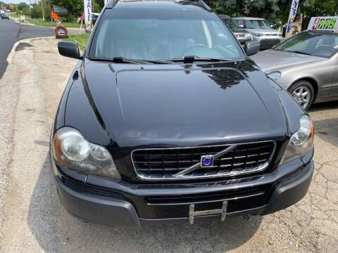 2003 Volvo XC90 for sale at NORTH CHICAGO MOTORS INC in North Chicago IL