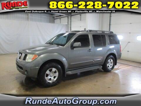2006 Nissan Pathfinder for sale at Runde Chevrolet in East Dubuque IL