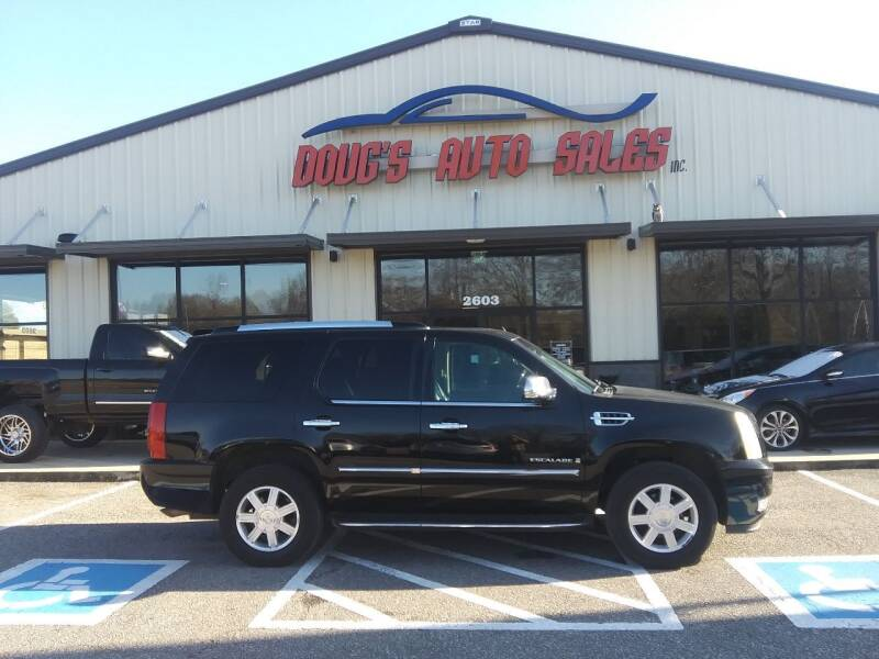 2008 Cadillac Escalade for sale at DOUG'S AUTO SALES INC in Pleasant View TN