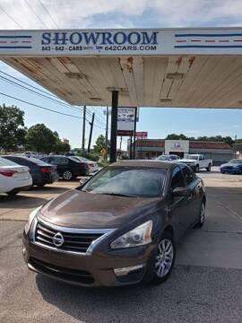 2014 Nissan Altima for sale at Showroom Auto Sales of Charleston in Charleston SC