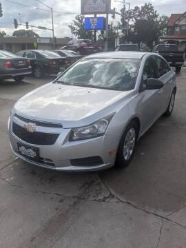 2012 Chevrolet Cruze for sale at Corridor Motors in Cedar Rapids IA