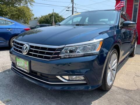 2018 Volkswagen Passat for sale at AUTORAMA SALES INC. in Farmingdale NY