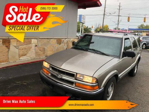 2000 Chevrolet Blazer for sale at Drive Max Auto Sales in Warren MI