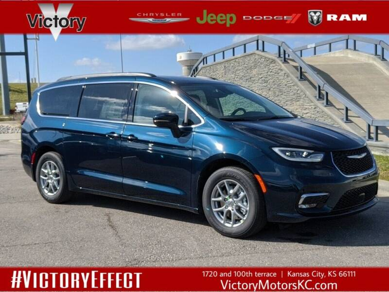 2021 Chrysler Pacifica for sale in Kansas City, KS