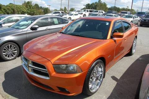 2011 Dodge Charger for sale at Modern Motors - Thomasville INC in Thomasville NC