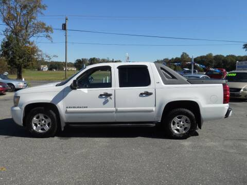 2007 Chevrolet Avalanche for sale at All Cars and Trucks in Buena NJ