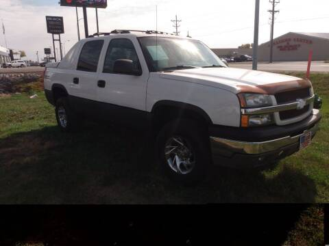 2003 Chevrolet Avalanche for sale at L & J Motors in Mandan ND