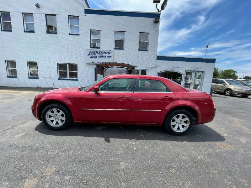 2007 Chrysler 300 for sale at Lightning Auto Sales in Springfield IL